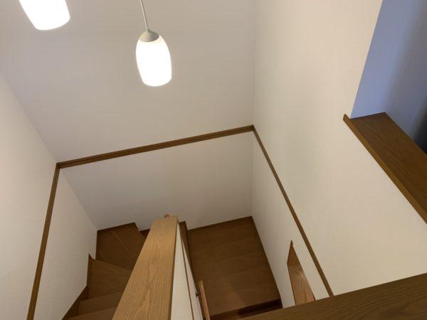 階段もゆるやかで、お子様の昇り降りも安心ですね!
