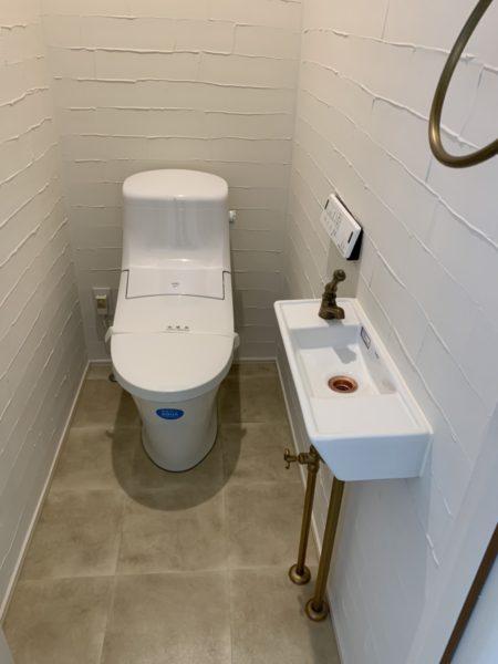 おしゃれな店舗トイレ