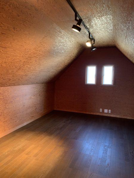 屋根裏部屋約15畳