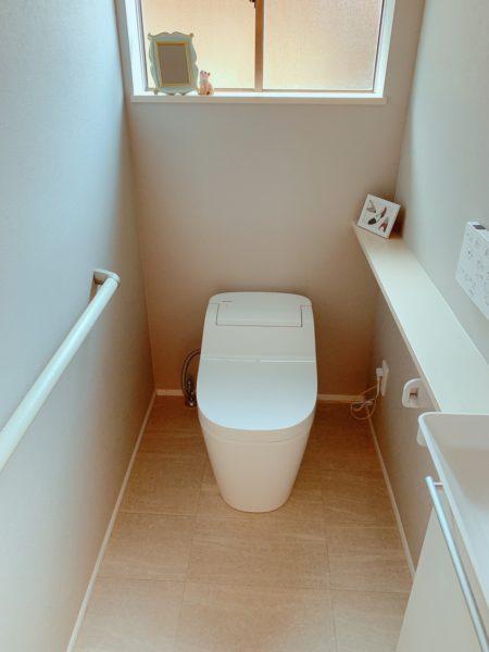 高級トイレアラウーノ&手洗いカウンター