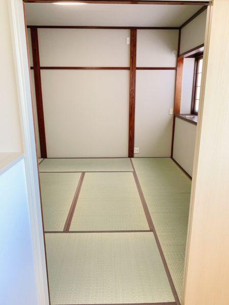 2階和室8畳 押入収納つき