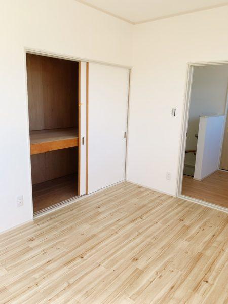 洋室6畳収納付き